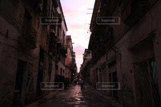 路地 キューバの写真・画像素材[1358986]