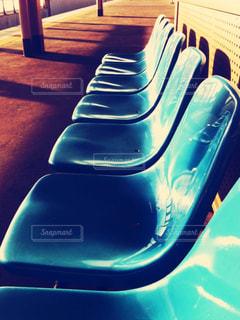 駅のベンチの写真・画像素材[1436340]
