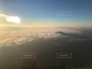 雲海の山頂よりの写真・画像素材[1373586]