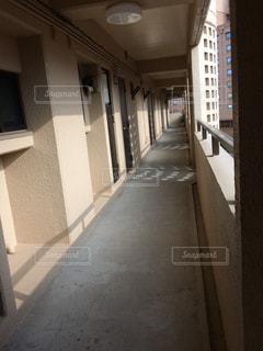 ビルの内部の眺めの写真・画像素材[1372766]