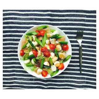 サラダの写真・画像素材[1381620]