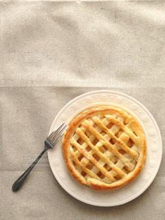 手作りアップルパイの写真・画像素材[1372376]