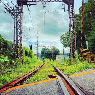田舎の線路の写真・画像素材[4770669]