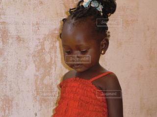 アフリカのこどもの写真・画像素材[1375039]