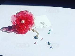 赤い花の簪の写真・画像素材[1375511]