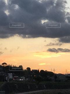 秋の夕暮れの写真・画像素材[1582038]