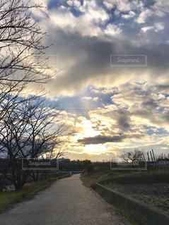 山田川の夕映えの写真・画像素材[1701889]