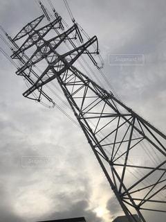 冬空に送電鉄塔の写真・画像素材[1781011]