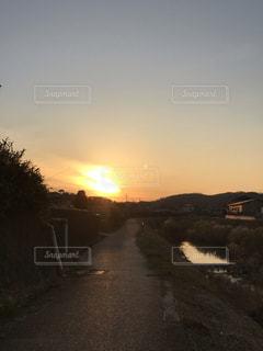 沈み夕日の写真・画像素材[1797464]