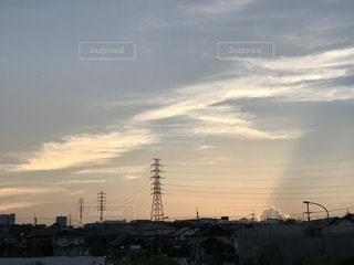 日没時の街の眺めの写真・画像素材[2334991]