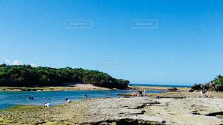 島の海の写真・画像素材[1465008]