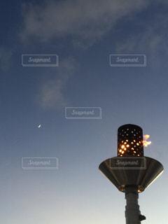空と灯火の写真・画像素材[1469517]