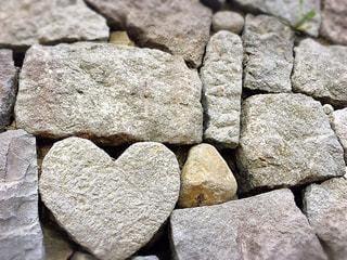 眼鏡橋ハートの石の写真・画像素材[3196261]