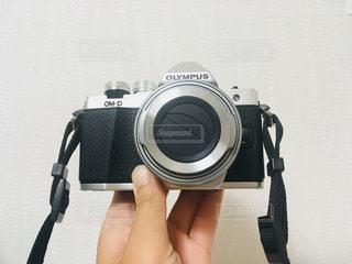 カメラを持っての写真・画像素材[1386887]