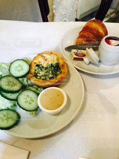 フランスの朝食の写真・画像素材[1379254]