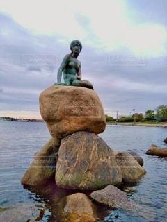 人魚姫の像の写真・画像素材[3385043]