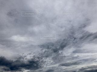 曇りの写真・画像素材[1390555]