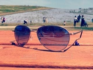夏のネモヒラ畑とサングラスの写真・画像素材[2612145]