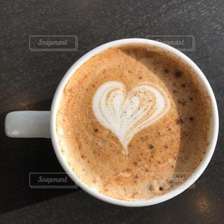 一杯のコーヒーの写真・画像素材[1384120]