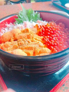 ウニイクラ丼の写真・画像素材[1384460]