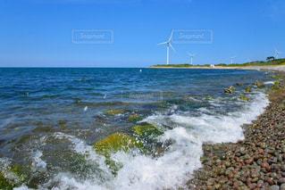 青空と日本海の写真・画像素材[1387291]