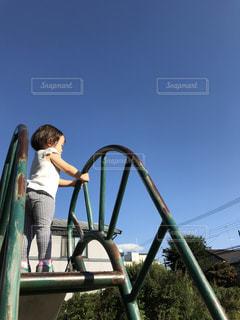 滑り台の上からの写真・画像素材[1384864]