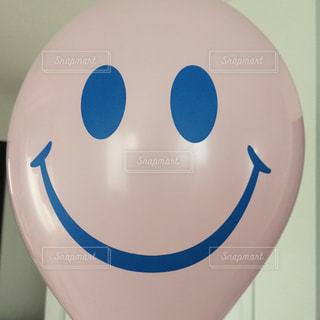 風船のスマイル笑顔を撮影しました。の写真・画像素材[1429425]