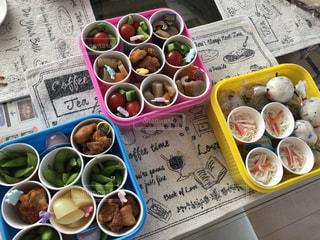 小学校運動会のお弁当の写真・画像素材[1575414]