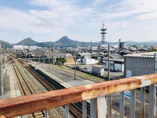 線路と山の写真・画像素材[1460801]