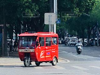 三輪車 中国の乗り物 ノスタルジーの写真・画像素材[1388679]
