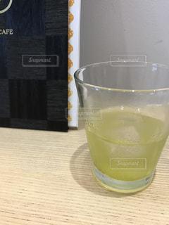 お茶で一休みの写真・画像素材[1390522]