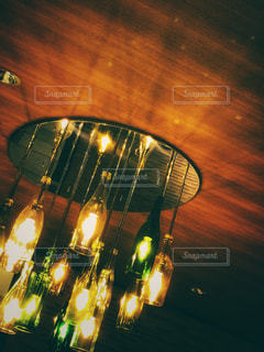 ビンテージ風ライトの写真・画像素材[1390870]