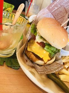 ハワイのハンバーガーの写真・画像素材[1398606]
