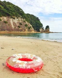 海と浮き袋の写真・画像素材[1390631]