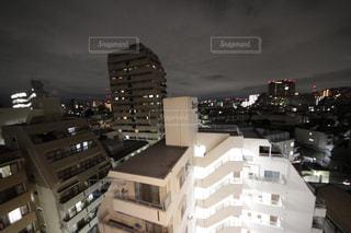 夜の街の景色の写真・画像素材[1404553]