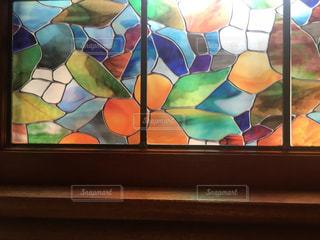 ステンドグラスの窓の写真・画像素材[1400135]