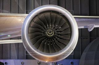 ジェットエンジン、吸い込まれご注意下さい!の写真・画像素材[2403260]