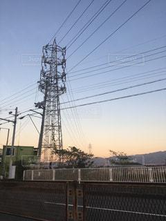 夕暮れ時の鉄塔の写真・画像素材[1399560]