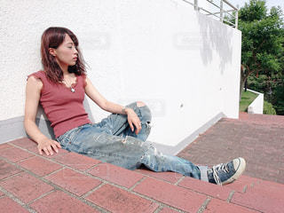 座っている人の写真・画像素材[1404839]