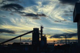 夕暮れ時の街の景色の写真・画像素材[1403346]