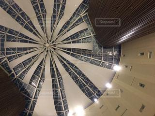 ホテルの天井の写真・画像素材[1413564]