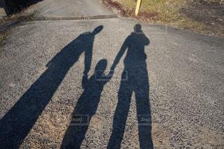 家族で散歩の写真・画像素材[1405764]