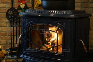 実家の暖炉の写真・画像素材[3214116]