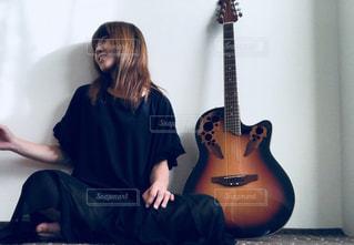 ギターの写真・画像素材[1405615]