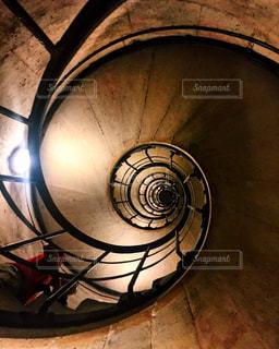 螺旋階段の写真・画像素材[1409504]