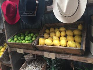 レモンとライムの写真・画像素材[1412803]
