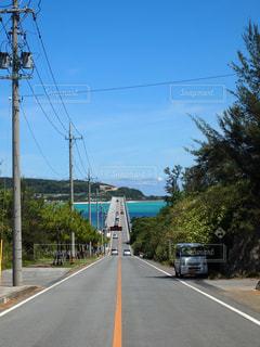 古宇利島へドライブの写真・画像素材[1414132]
