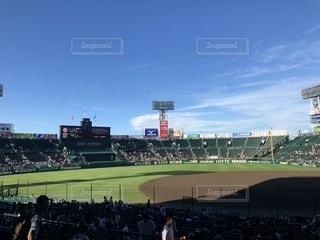 高校野球大会決勝、朝の青空の写真・画像素材[1415485]