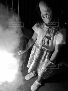 モノクロ花火写真の写真・画像素材[1421221]