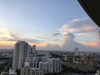 夏の入道雲の写真・画像素材[1422220]